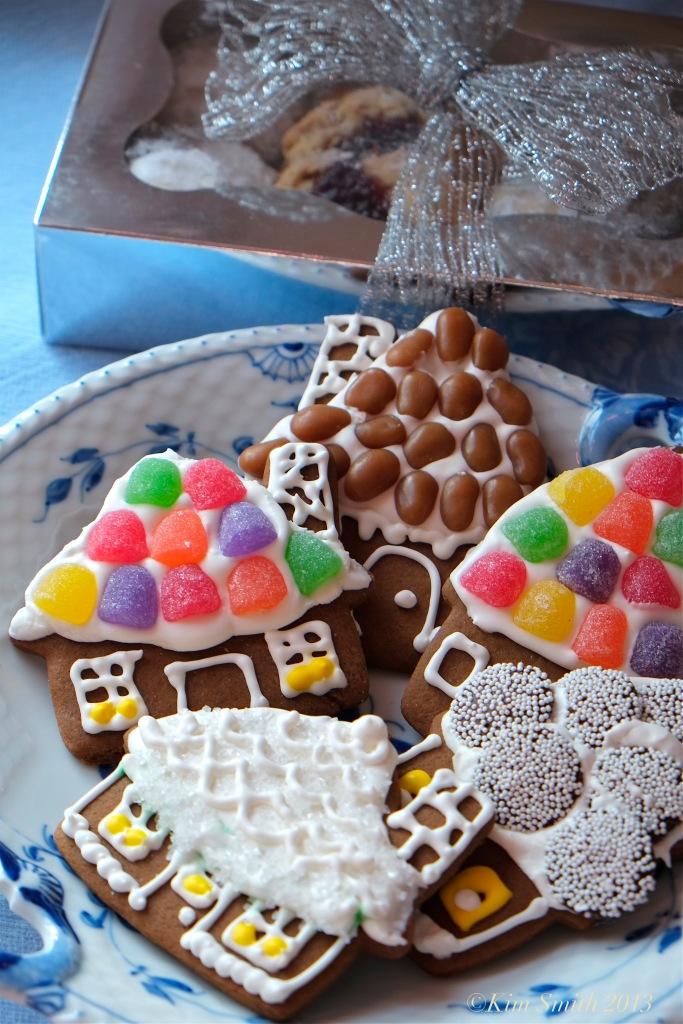 Briar Forsythe Willowdale Cookies -6 ©Ki Smith 2013 .
