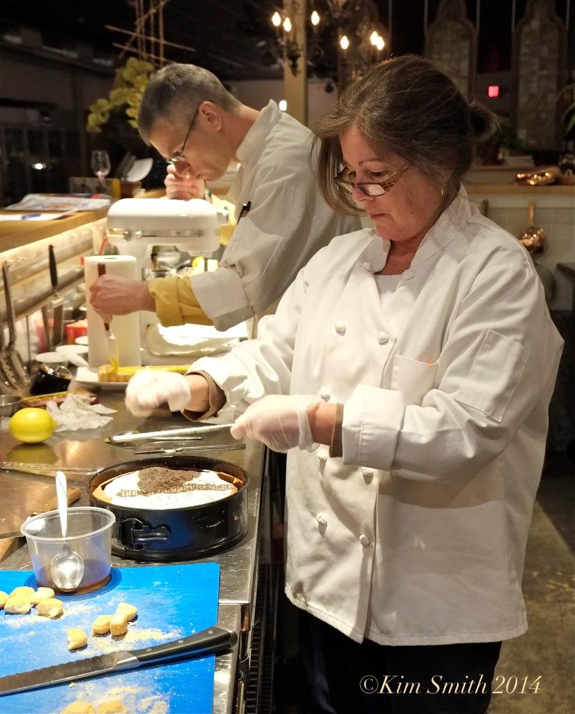 Meghan Pozzi Making Flourless choclate Cake cooking class ©Kim Smith 2014 copy