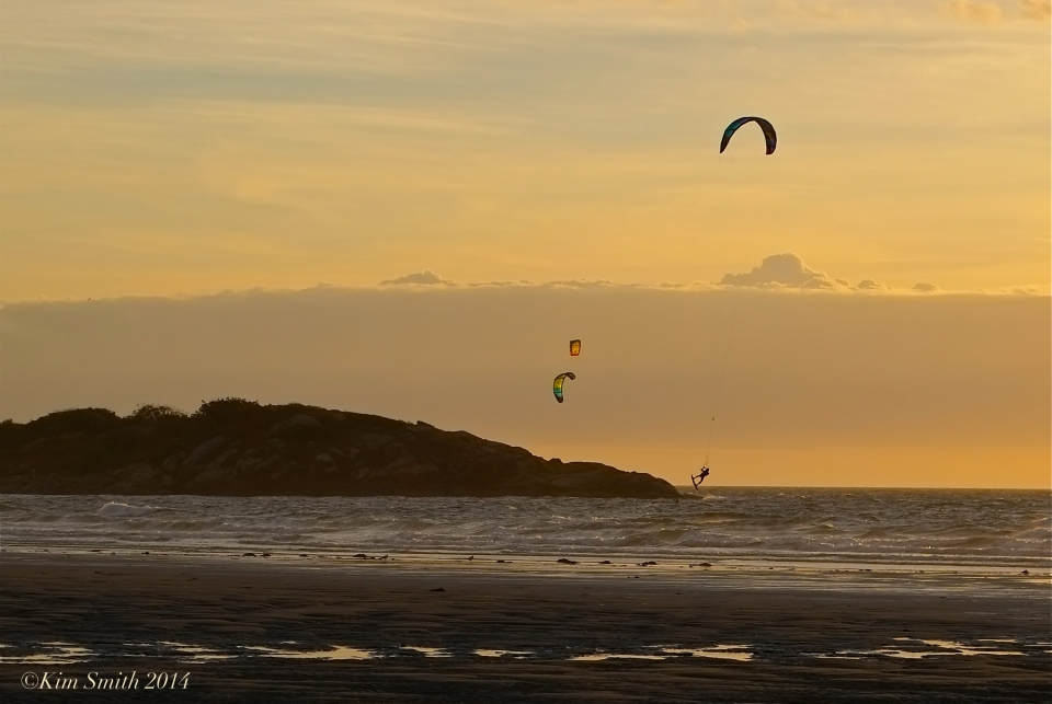 Kitesurfing ©kim Smith 2014JPG
