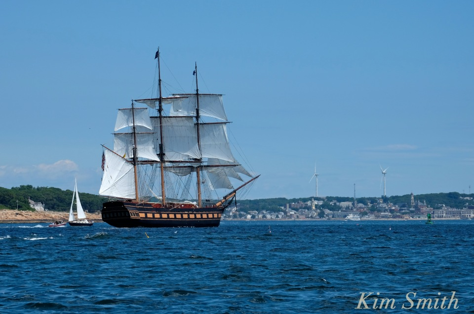 Oliver Hazard Perry ship -6 copyright Kim Smith