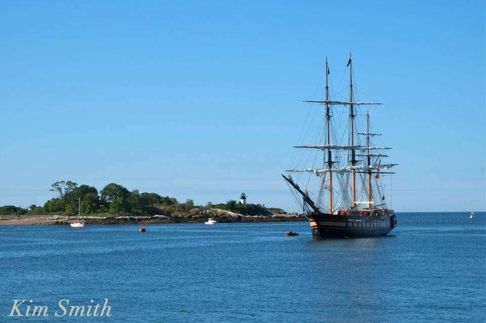 Oliver Hazard Perry ship Ten Pound Island copyright Kim Smith Gloucester