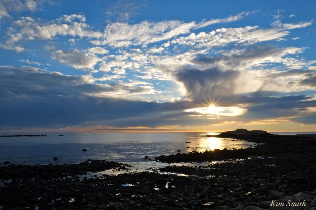 daybreak-brace-cove-gloucester-sunrise-november-5-2016-copyright-kim-smith