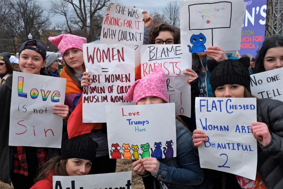 boston-womens-march-manchester-essex-high-school-copyright-kim-smith