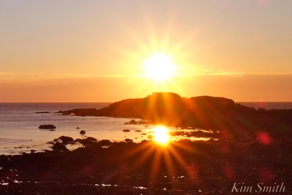 new-years-day-sunrise-eastern-point-gloucester-2017-brace-rock-copyright-kim-smith