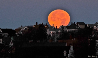 Full Moon Gloucester City Skyline November Frost Moon Beaver Moon copyright Kim Smith