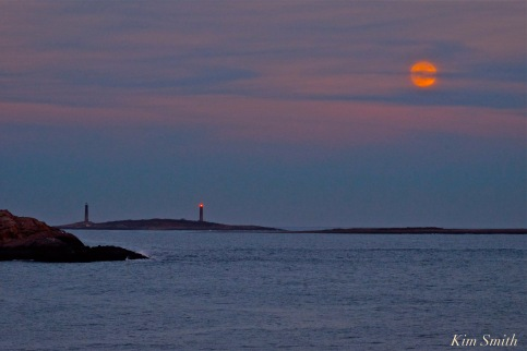 full-moon-wolf-moon-twin-lights-cape-ann-copyright-kim-smith