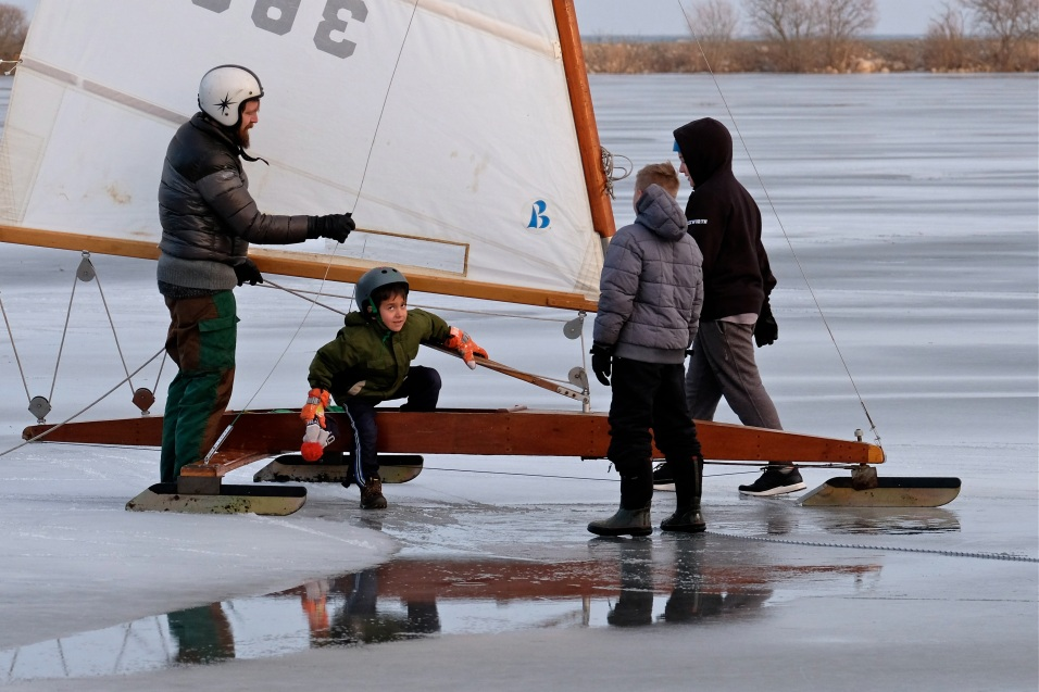 ice sailing niles pond copyright kim smith - 06