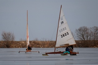 ice sailing niles pond copyright kim smith - 14