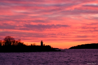 ten pound island sunset -3 copyright kim smith