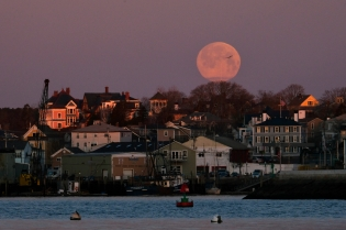 Super Moon Worm Moon March Full Gloucester copyright Kim Smith - 7 of 18